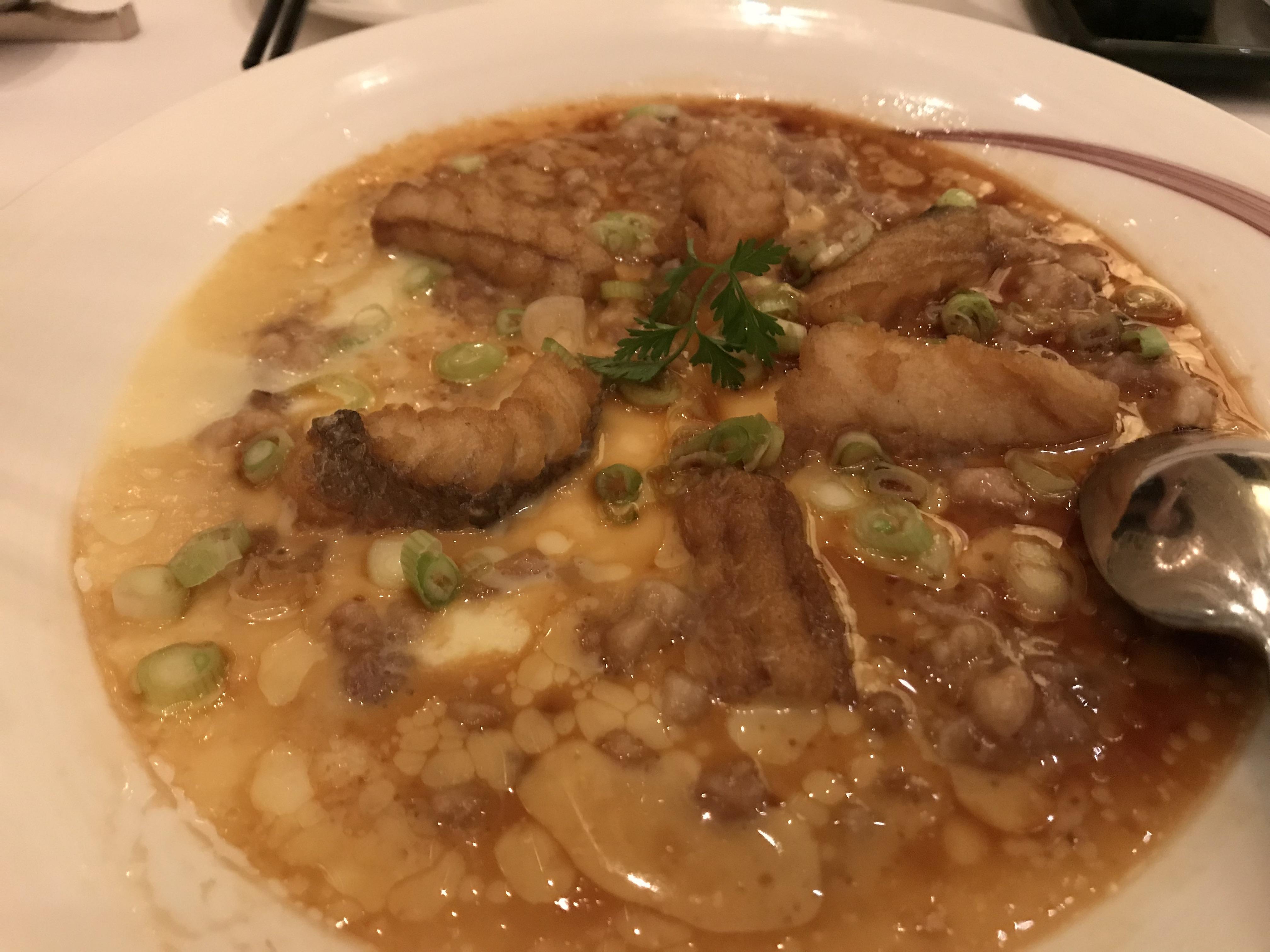 黄鱼鲎蒸肉饼